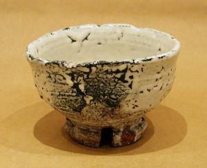 三輪寿雪(壽雪) 「鬼萩割高台茶碗」